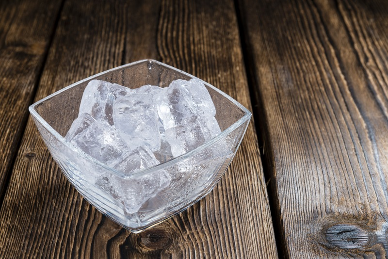 Icy Bites: Discover Ice's Use in Entertaining