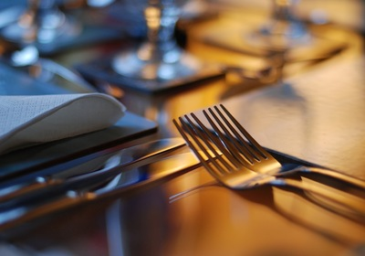 A Closer Look at Dinner Table Etiquette