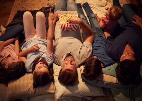 4 Ideas for Planning the Perfect Family Night In